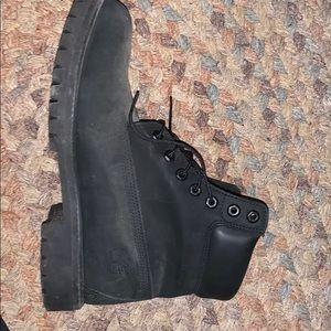 Black timberland boots